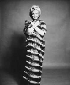 Marilyn Monroe in Chinchilla  shot by Bert Stern exhibited by JAMM in Dubai
