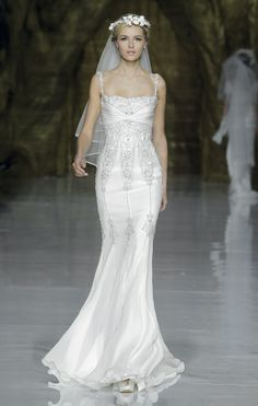 Pronovias by Elie Saab