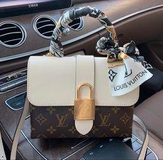 Luxury Purses, Luxury Bags, Luxury Handbags, Purses And Handbags, Replica Handbags, Designer Handbags, Dior Purses, Chanel Handbags, Tote Handbags