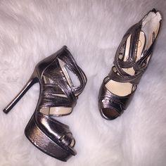 """New Jessica Simpson Metallic Platform Heel ✅ Brand New And Never Worn Jessica Simpson Metallic Platform Heel ✅ Size 7.5 - True to Size  ✅ Heel is 4.5 inches with a 1"""" platform Jessica Simpson Shoes Platforms"""