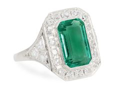 Mesmerizing 4.4 c. Emerald Diamond Ring - The Three Graces