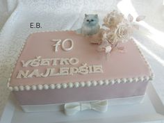 Decorative Boxes, Cake, Desserts, Food, Home Decor, Tailgate Desserts, Deserts, Decoration Home, Room Decor