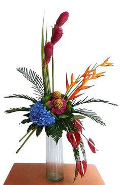arreglos florales tropicales grande Contemporary Flower Arrangements, Tropical Flower Arrangements, Christmas Flower Arrangements, Beautiful Flower Arrangements, Flower Centerpieces, Flower Decorations, Tropical Flowers, Exotic Flowers, Deco Floral