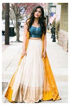 Party Wear Indian Dresses, Designer Party Wear Dresses, Indian Gowns Dresses, Indian Fashion Dresses, Dress Indian Style, Indian Designer Outfits, Indian Skirt And Top, Dress Party, Wedding Dresses