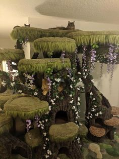 Available in several sizes, each one we build will be slightly different with the arrangement of the tree canopy limbs because they are made from real tree limbs from nature. The interior of the main tree has 3 levels. Cat Aesthetic, Aesthetic Room Decor, Pretty Cats, Cute Cats, Regard Animal, Cat Castle, Baby Animals, Cute Animals, Deco Studio