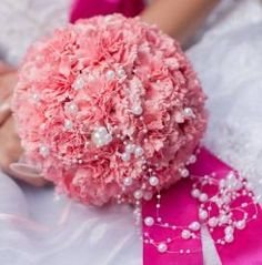 Thinking Of Carnation Wedding Bouquet For Your Wedding?
