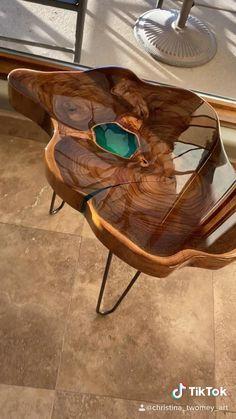 Diy Resin Art, Diy Resin Crafts, Diy Home Crafts, Epoxy Wood Table, Epoxy Resin Table, Epoxy Table Top, Wood Slab Table, Epoxy Resin Art, Diy Furniture