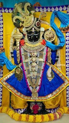 Shri dwarka na dwarkadish image Cute Krishna, Radha Krishna Photo, Krishna Art, Sarangpur Hanuman, Krishna Temple, Jai Shree Krishna, Radhe Krishna, Navratri Images, Lord Jagannath
