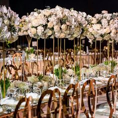 1 person, flower and tableYou can find Summer wedding and more on our person, flower and table Wedding Table Setup, Wedding Ideas, Lebanese Wedding, Wedding Website, All White, Big Day, Summer Wedding, Wedding Planner, Bloom