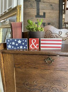 4th July Crafts, Fourth Of July Decor, 4th Of July Fireworks, 4th Of July Decorations, July 4th, Scrap Wood Crafts, Wood Block Crafts, Wood Blocks, Chalk Crafts