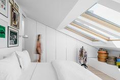 Lisbon Apartment Interior By Atelier Data, Portugal – Design. Loft Room, Bedroom Loft, Upstairs Bedroom, Lisbon Apartment, Attic Bedrooms, Minimalist Apartment, Attic Renovation, Attic Spaces, Apartment Interior Design