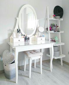 bedroom - vanity.