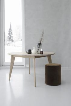 Viken spisebord ø130 cm Table, Furniture, Design, Home Decor, Homemade Home Decor, Mesas, Home Furnishings, Design Comics, Desk