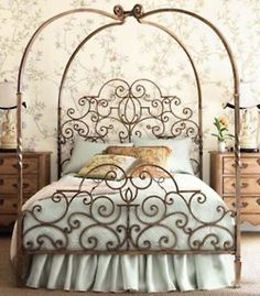 this bed is gorgeous!