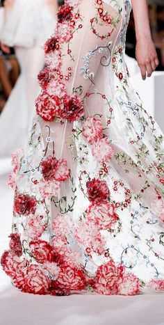 THE FASHION SHOW: Giambattista Valli, Couture, Fall 2013
