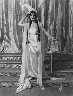 """Ziegfeld Girl, Nora Bayes (1880 – 1928) performed in Ziegfeld's musical """"Miss Innocence"""" of 1909 and in the Ziegfeld Follies of 1908, 1909, and 1931."""