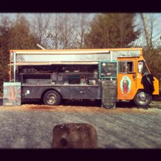 Tacofino Mexican food truck in Tofino Mobile Food Trucks, Street Food Market, Mexican Food Recipes, Stuffed Peppers, Spaces, Mexican Recipes, Stuffed Pepper, Stuffed Sweet Peppers