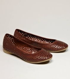 AEO PERFORATED BALLET FLAT STYLE: 0419-2625 | COLOR: 207