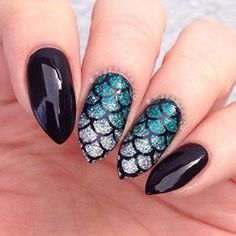 Mermaid Stencils, Scale Stickers for Nail Art, Nail Vinyls – Large Stencils) : Beauty – The Best Nail Designs – Nail Polish Colors & Trends Fancy Nails, Cute Nails, Pretty Nails, Hair And Nails, My Nails, Mermaid Nail Art, Mermaid Glitter, Dark Mermaid, Nagel Stamping
