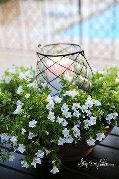 Easy Outdoor Floral Centerpiece