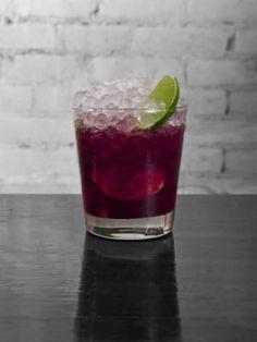 30 drinks from around the world - Brazil: Caipirinha Kick #cocktails