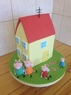 Peppa pig house birthday cake