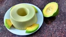 Mousse de Abacate…Fica Super Gostoso!! | Receitas Do Céu Other Recipes, Sweet Recipes, Healthy Recipes, Cardamom Cake, Frozen Custard, Sweet Pie, Portuguese Recipes, Food Inspiration, Avocado