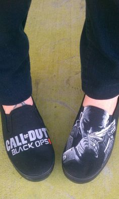 CALL OF DUTY  Custom Hand Painted Gamer Shoes door eastbaycalifornia, $230,00