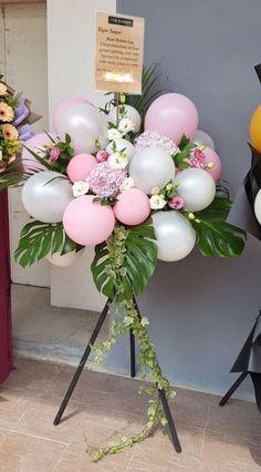 Balloon Topiary, Balloon Flowers, Balloon Columns, Balloon Bouquet, Balloon Garland, Birthday Balloon Decorations, Birthday Balloons, Wedding Decorations, Birthday Flower Delivery