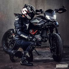 WEBSTA @ sportbikespectrum - Via: for a chance… Motorcycle Suit, Suzuki Motorcycle, Kawasaki Cafe Racer, Moto Ducati, Ducati Hypermotard, Biker Boys, Motorcycle Photography, Dirtbikes, Street Bikes