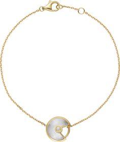 Cartier Amulette, Cartier Bracelet, Gold Necklace, Pendant Necklace, Jewelry Bracelets, Dior, Pearls, Diamond, Yellow