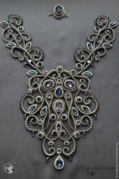 The Impossible Is Often the Untried -Bead embroidered neckpiece by Alla Maslennikova. Колье Baroque из коллекции Joaillerie Royal и Battle of the Beadsmith Bead Jewellery, Gemstone Jewelry, Beaded Jewelry, Jewelery, Handmade Jewelry, Beaded Necklace, Necklaces, Handmade Beads, Diy Schmuck