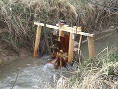 Wasserrad mit Generator