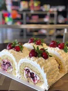 Cherry On Top, Hot Fudge, Whipped Cream, Vanilla Cake, Cheesecake, Sweet, Desserts, Food, Vanilla Sponge Cake