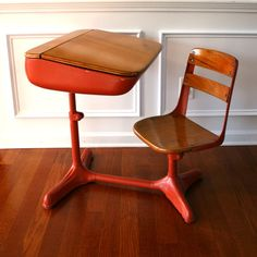 Vintage Salmon Elementary School Desk Storage and Chair. Wood. Tangerine Tango Orange. Peach. Metal. Retro. Mod. 50s. Vestiesteam. tbteam.