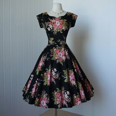 gorgeous SIDNEY KRAMER black cotton sateen floral bouquet rhinestones full circle skirt pin-up dress Pin Up Dresses, Prom Dresses Blue, Pink Dress, Party Dresses, Vintage 1950s Dresses, Retro Dress, Vintage Outfits, Vintage Clothing, Full Circle Skirts