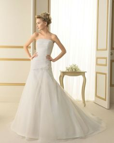 105 TALIA / Wedding Dresses / 2013 Collection / Luna Novias