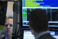 Bovespa encosta nos 62 mil pontos com PEC 241, petróleo e transação no setor elétrico - http://po.st/gEpQ0r  #Destaques - #Bovespa, #Petrobras, #Petróleo