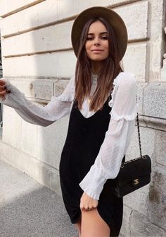 How To Create The Ultimate Capsule Wardrobe For Spring - outfits , Effortless chic spring outfit. Black slip dress layered over romantic blouse Source by emkafile. Style Outfits, Mode Outfits, Casual Outfits, Fashion Outfits, Fashion Ideas, Look Fashion, Trendy Fashion, Autumn Fashion, Trendy Style