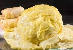 Making this slow cooker cabbage rolls recipe is actually not as hard as you would think. It's healthy and DELICIOUS! Whole Food Recipes, Snack Recipes, Cooking Recipes, Healthy Recipes, Snacks, Healthy Food, Slow Cooker Cabbage Rolls, Cabbage Rolls Recipe, Romanian Food
