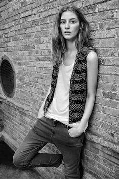 Model New Face Melina Gesto - love this natural look..