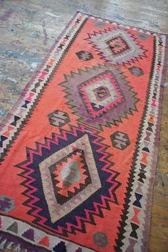 I need this rug! >> Yes, me too! Those colors speak to me.