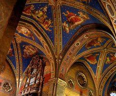 Siena, Italy architecture | Santa Maria Sopra Minerva - Rome - Italy (16th c.)