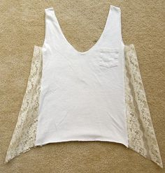 Discover thousands of images about Chic T-shirt Refashion Ideas with DIY Tutorials-DIY Lace Front/Bottom T-shirt Refashion Tutorial Diy Clothing, Sewing Clothes, Upcycled Clothing Thrift Store, Do It Yourself Mode, Umgestaltete Shirts, Diy Kleidung, Diy Vetement, Blog Couture, Diy Fashion