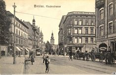 1909 , Skrzyżowanie ulicy Traugutta z Krasińskiego we Wrocławiu. Old Pictures, Old Photos, Old Photographs, Poland, The Good Place, Old Things, Germany, Street View, Black And White