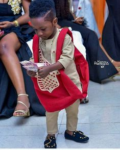 KIDSWAG Check out the haircut and the foot wear Everything on point. : : Source by Giantriseintl dress for kids African Wear Styles For Men, African Shirts For Men, African Attire For Men, African Clothing For Men, Nigerian Men Fashion, Latest African Fashion Dresses, African Men Fashion, African Beauty, African Women