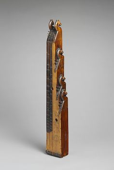 Kisfejes Citera. Date: early 20th century. Geography: Hungary. Medium: Wood, metal.