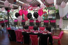 Such a great Barbie table #barbie #birthday