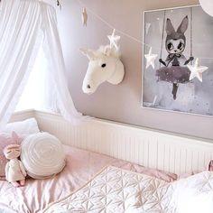 El unicornio que todas necesitamos en nuestro cuarto   #inspo #deco #unicornios #unicornio #unicorn #bedroom #loveit #decoration