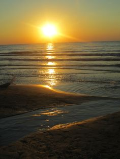 <3 My Beach @ Lake Huron~ Kincardine, Ont